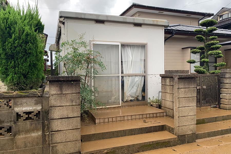 8月豪雨により浸水した家屋(倉庫)