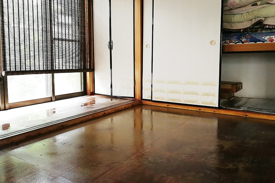 8月豪雨により浸水した家屋(床間)